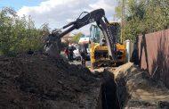 Un muncitor a decedat, la Cojasca, după ce a fost prins sub un mal de pâmânt