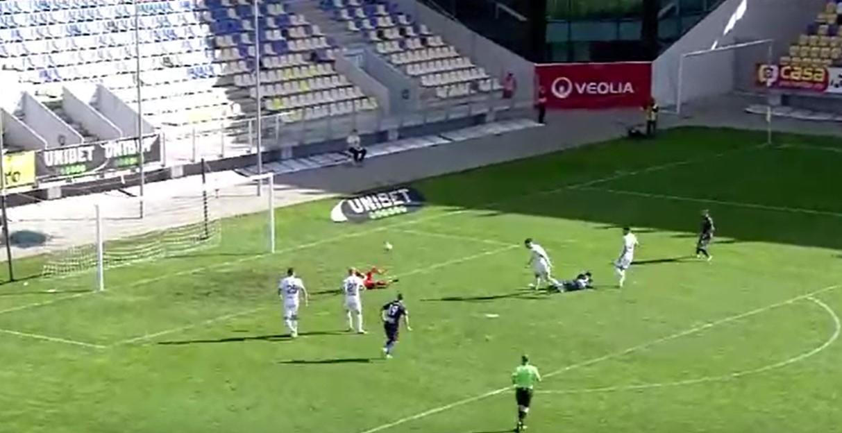 Chindia mai face o surpriză (1-0, cu Gaz Metan) și urcă pe loc de play-off